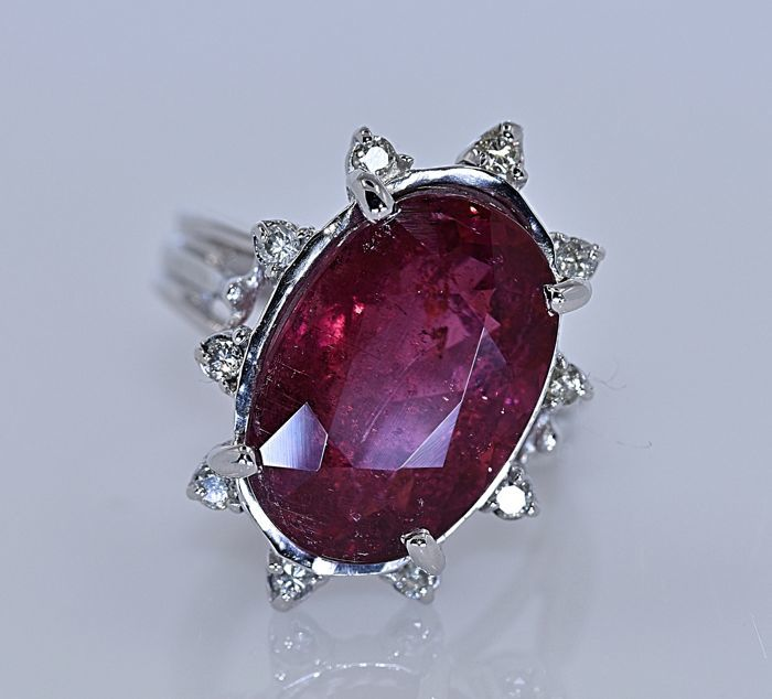 7.57 ct red tourmaline with diamond ring