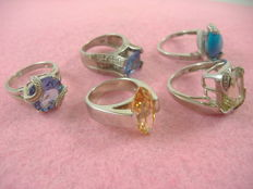 Collection of five 925 silver rings with diamond and gem effect