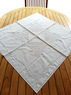 Handmade tablecloth - peahole hemstitch