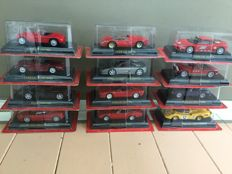 Altaya - Scale 1/43 - Lot with 12 Ferrari models