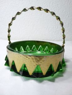 Vintage dish with handle