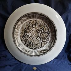A rare Ceramano, West Germany 'Mid Century' large wall plate 47.5 cm