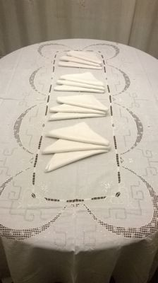 Tablecloth for 12 - white linen - hand embroidered - with napkins - St. Gallen