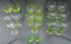 Lot of 18 old uranium aperitif and liqueur glasses, Belgium, circa 1925