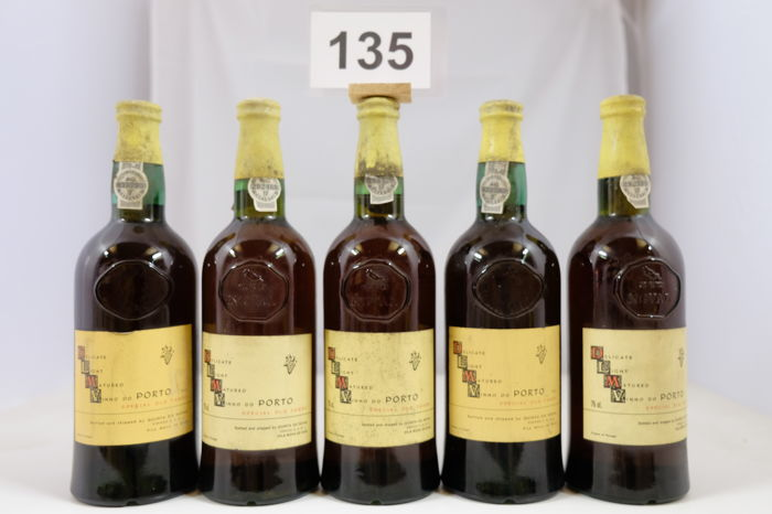 NV Tawny Port Quinta do Noval - Delicate Light Matured Special Old Tawny - 5 bottles