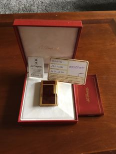 Beautiful Dupont lighter for collectors in Chinese lacquer and gold, 90's, line 1