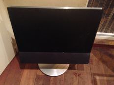 """Bang & Olufsen. BeoVision 6 26"""" with Motorised stand & Beo4"""