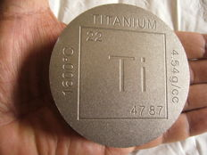 1 POUND   (16 OZ )  TITANIUM 999/1000   COIN USA