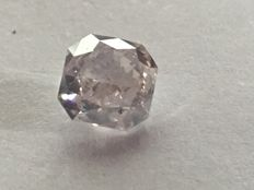 Very light pink square modified brilliants 1.02ct