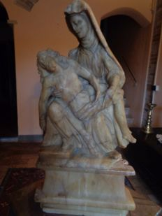 Alabaster sculpture, Piety - Italy - 15th / 16th century