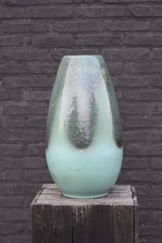 Silberdistel Fayencen - Large vase in blue-green ceramic, 129/50