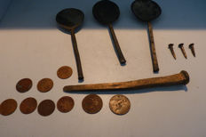 A Lot of 16 pieces artefacts - (16)
