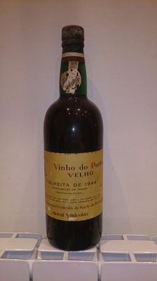 1944 Colheita Port Real Vinícola do Norte - bottled in 1972