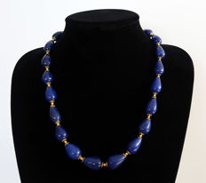 Necklace of polished sapphires - 14 kt Gold clasp - 670 ct - 56.5 cm.