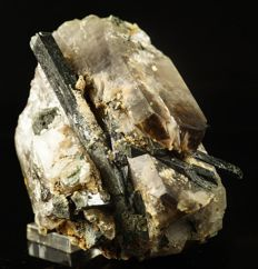 Rare Epididimite hairly inclusions inside Smoky Quartz with black Arvedsonite - 8,8 x 7,0 x 6,5 cm - 459 gm