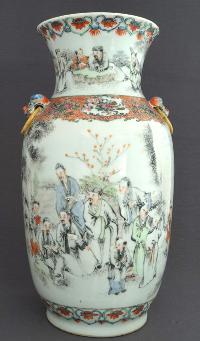 Large baluster vase with decoration of many scholars - China - around 1900