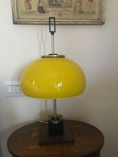 Oscar Torlasco - Yellow Lamp