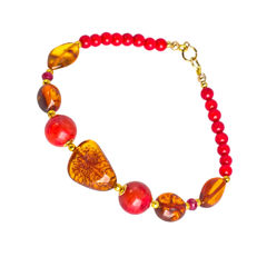 Coral and Amber bracelet with Rubies – Length 20 cm, 18kt/750 yellow gold clasp