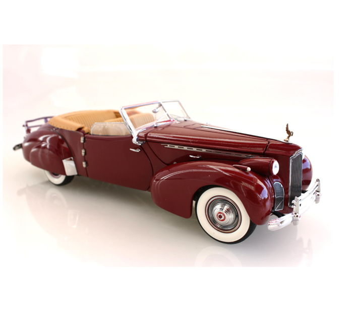 Franklin Mint - scale 1/24 - Packard 1940 in wine-red Cabrio convertible B11XN58