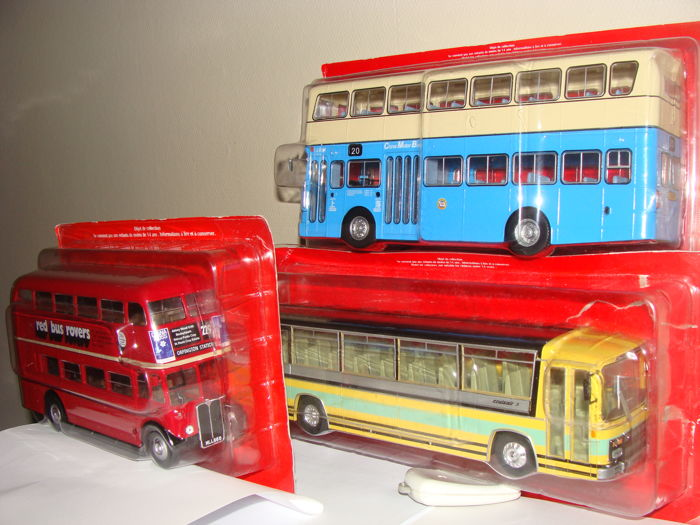 Ixo-Hachette - Scale 1/43 -  Lot of 3 models: London Bus AEC Regent III RT, Berliet Cruiser3 and Lyland Victory MK II double decker