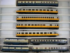 Lima H0 - 20 1060/149749/201632/201641 – In between carriage, Lufthansa Express, Diesel locomotives Series BR 218 and BR 221 and two passenger carriages of the DB