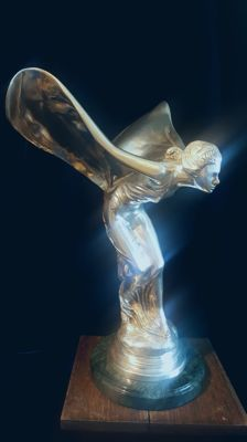 Large 3.580 kg Rolls Royce showroom size silver Spirit of Ecstasy flying lady ( STATUE )