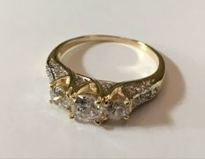 14KT Solid  Yellow Gold Ring  - US size 7.5 - no reserve price