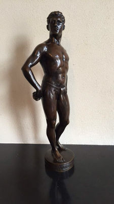 R. Küchler (1867-1954) - a large bronze sculpture of a fencer - Austria - early 20th century