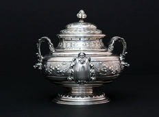 Silver sugar bowl with mascarons, Henri-Louis Chenailler, Paris, about 1850