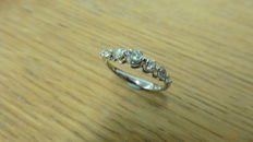 14k Gold Diamond Seven Stone Ring - 0.60ct - size 53