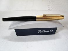 Pelikan 30 - piston filler - gold-plated nib - black