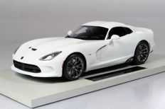 Top Marques Collectibles - Scale 1/18 - SRT Viper GTS - White