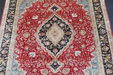 Hand-knotted original Persian carpet, oriental Tabriz fine weave approx. 198 x 155 cm. Cork with silk over 640,000 knots per square metre.