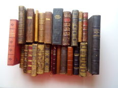 Lot of 26 piety books - 1903/1930