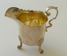 Victorian silver cream jug, Thomas Bradbury and Sons, London, 1890