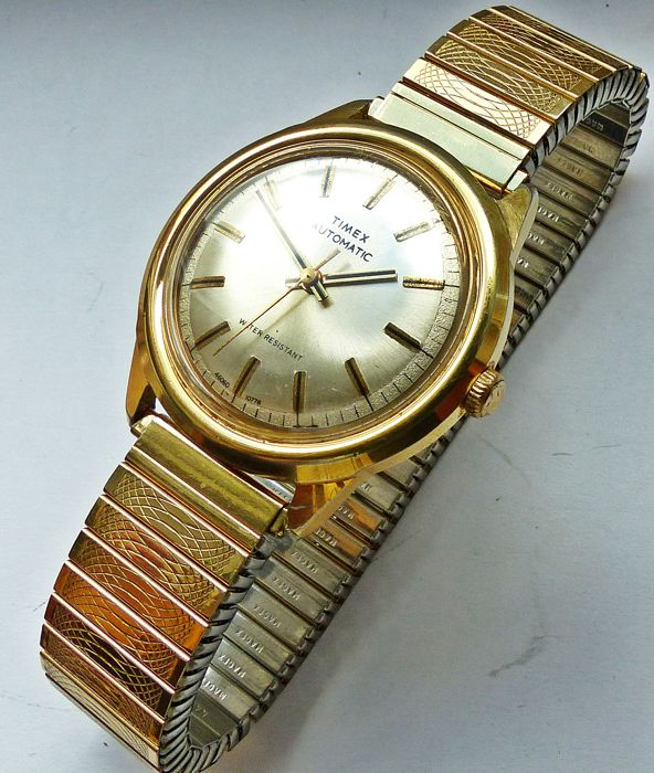 TIMEX Automatic -- men's wristwatch from the 70s
