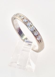 18 ct White Gold ring with 10 Diamonds of 0.35 ct in total - size EU