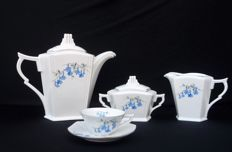 Haas & Czjzek Schlaggenwald - Art Deco coffee or tea set Yvonne - 26 pieces