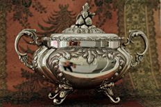 Sauce tureen in .925 silver Spain, first half of 20th century