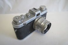 """Exclusive!! First edition!!! Rare camera """"Zarya"""".  Pay attention to the number !! The release of just two years. USSR 1959-1961 FED (Kharkov)."""