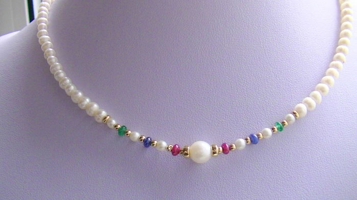 Emerald ruby sapphire pearl necklace 585 gold without reserve price