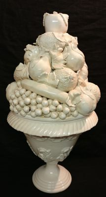 Large ceramic centrepiece vase with mixed fruit, Vecchia Bassano - Italy, Nove di Bassano
