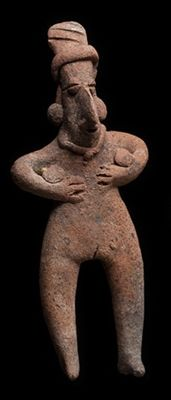 Pre-Columbian Colima figure of a woman holding both hands to her chest - Mexico - 15 cm