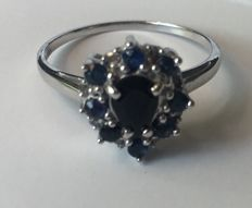 14kt White Gold Ring Midlnight Dark Sapphire  and 8 diamonds 0.10 ct total  - size US 7 ***no reserve***