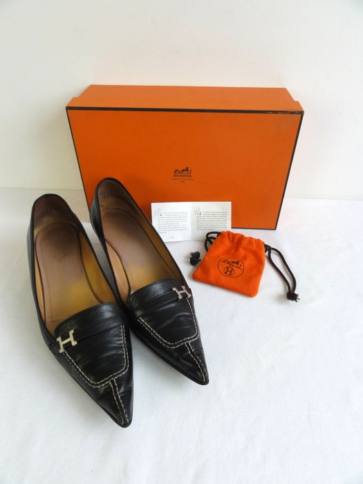 Hermès – courts - including heels - and box