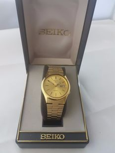 seiko 5 automatic 7009 - 3100 Near New condition, box