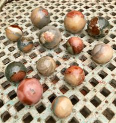 Collection of Polychrome Jasper spheres - 4.2 to 7 cm - 3.31 kg (13)