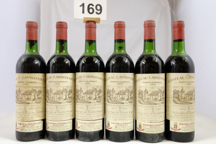 1975 Chateau Carbonnieux, Grand Cru Classe de Graves, Pessac-Leognan, France- 6 Bottles.