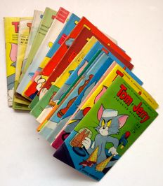 Tom and Jerry-19 Paperback booklets (1960-62)