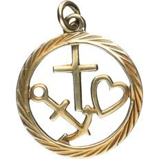 14 kt – Yellow gold pendant in the shape of faith, hope and love – length x width: 2 x 1.8 cm